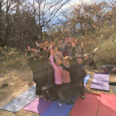 タカオヨガスタジオ山ヨガ